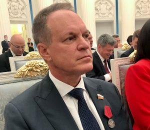 Астраханский сенатор Башкин получил государственную награду