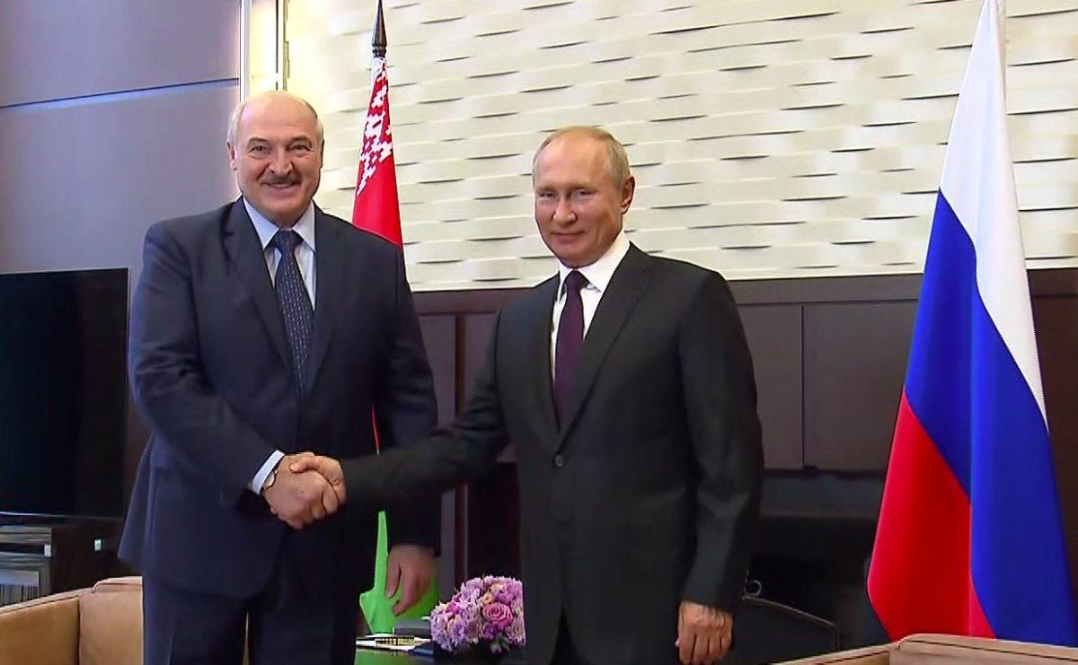 Россия предоставит Белоруссии кредит в 1,5 млрд долларов