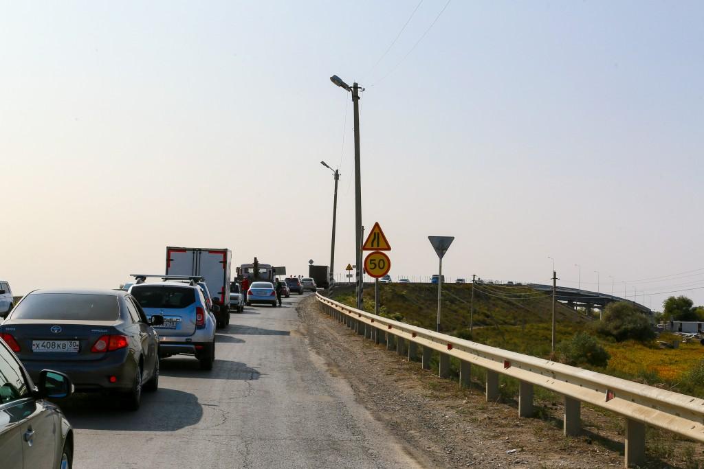 Затянувшийся ремонт моста через Белый Ильмень хотят завершить в этом году