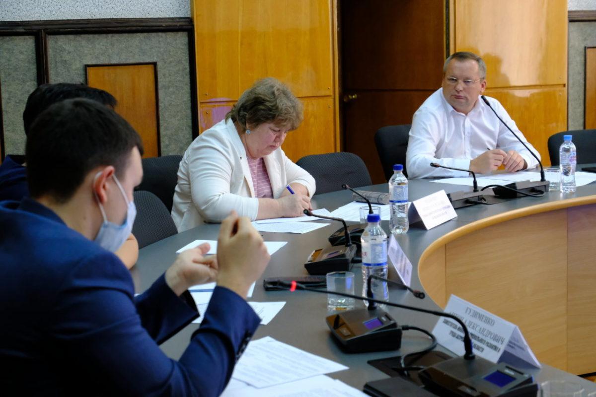 Игорь Мартынов: «Порядок назначения региональных льгот необходимо переводить в электронный вид»