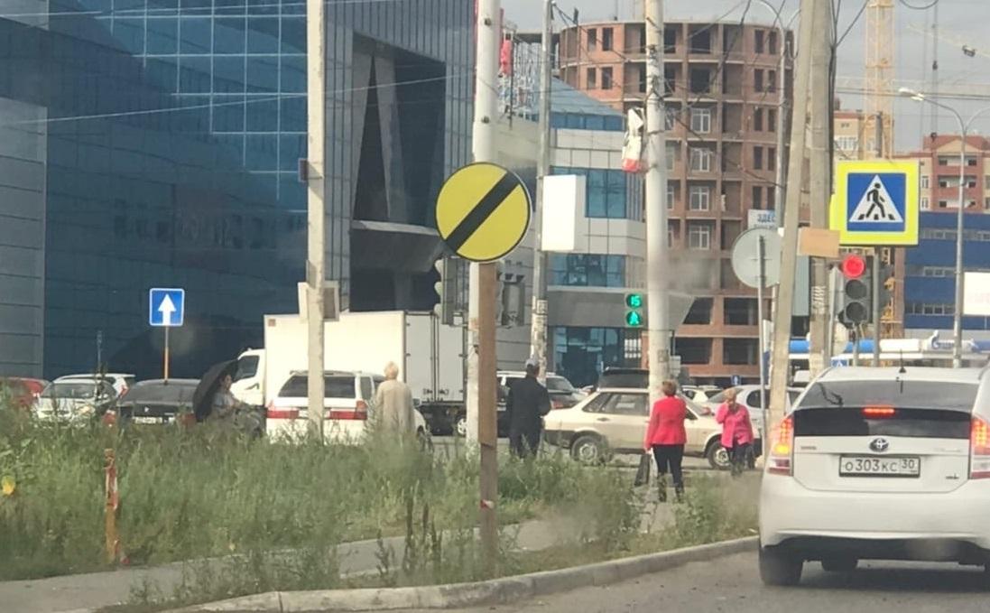 Астраханским водителям явились странные знаки