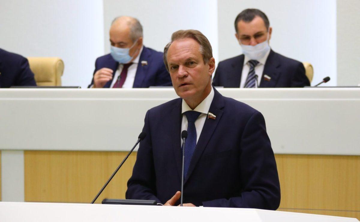 Астраханский сенатор высказался о ситуации в Белоруссии