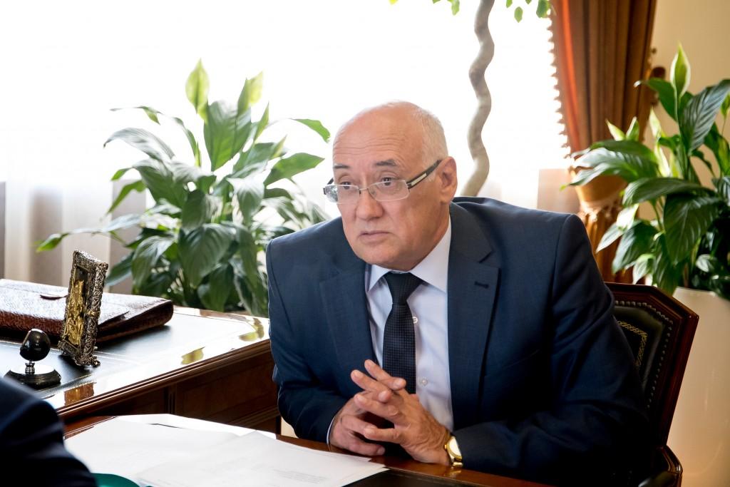 Глава астраханского избиркома Игорь Коровин покидает свой пост