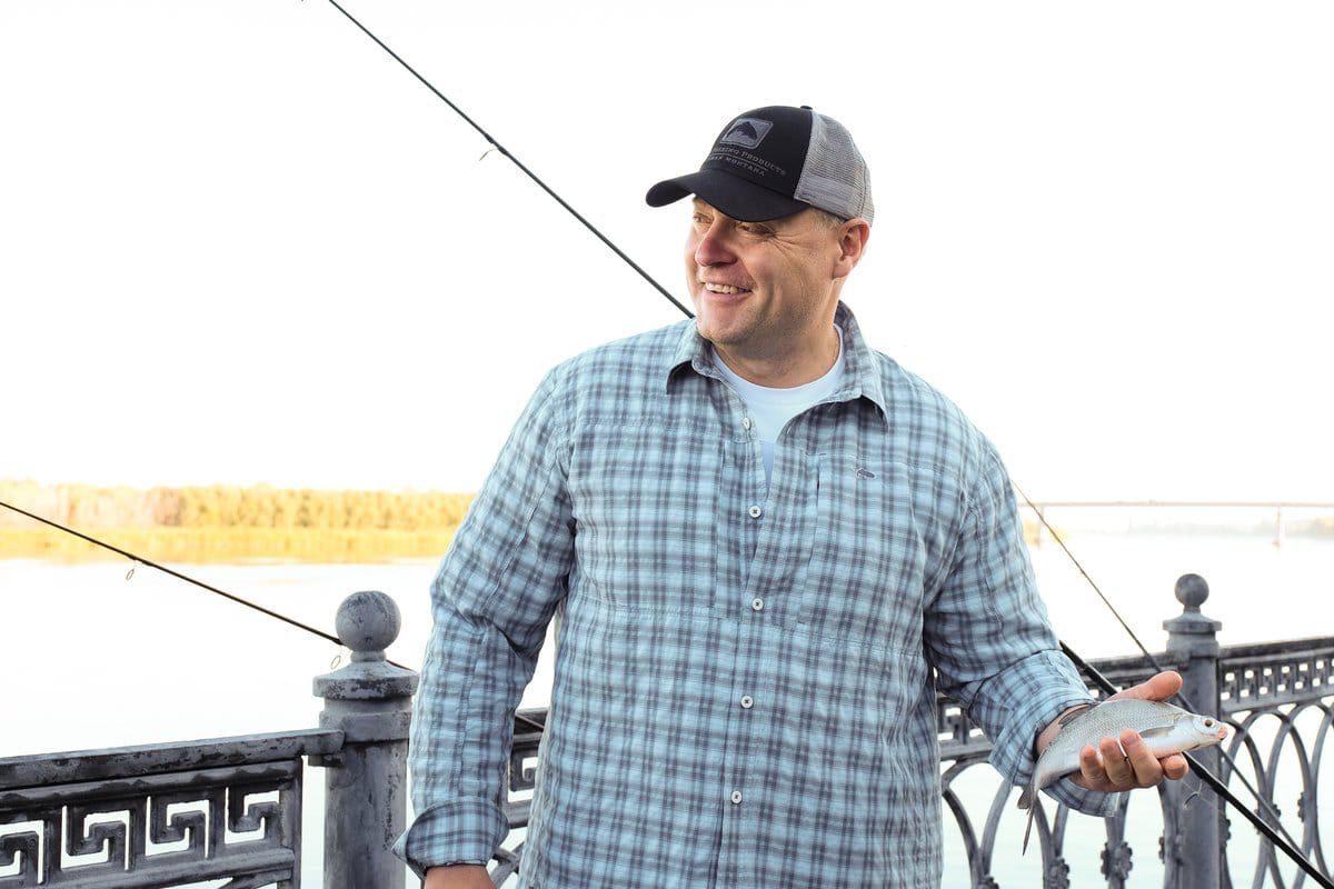 Игорь Бабушкин рассказал, что умеет ловить рыбу
