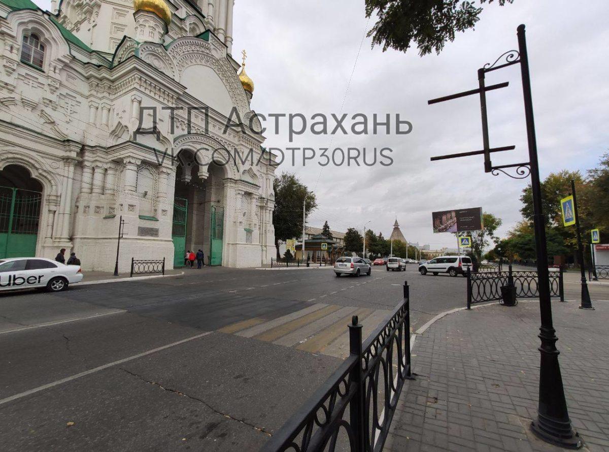 Переходы возле кремля убрали по требованиям федерального закона