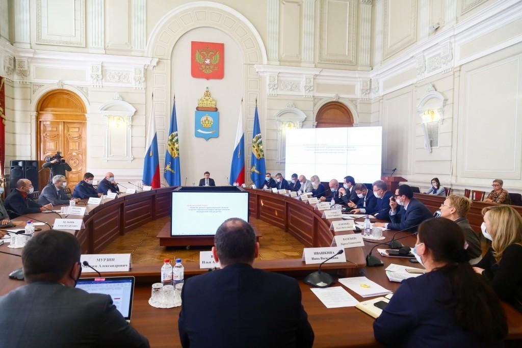 Вице-губернатор пообещал проверить астраханских министров на профпригодность