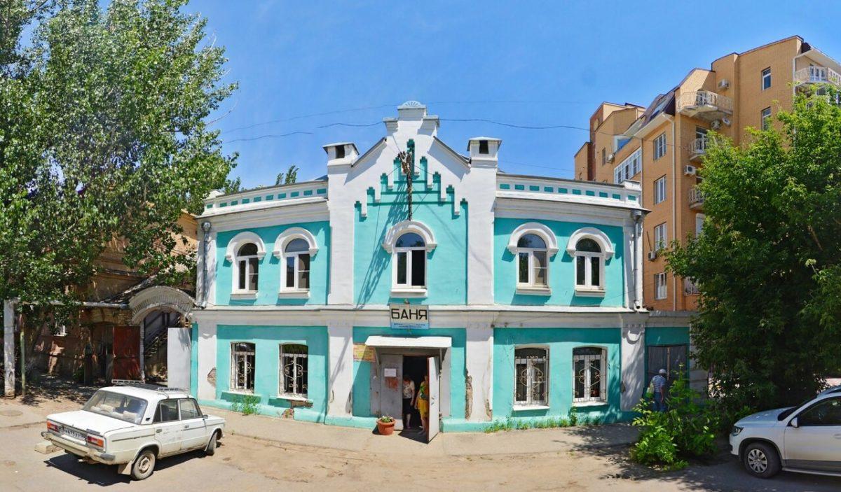 Эсеры потребовали вновь открыть в Астрахани муниципальные бани
