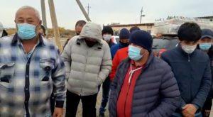 Застрявшие под Астраханью жители Узбекистана записали обращение к своим властям