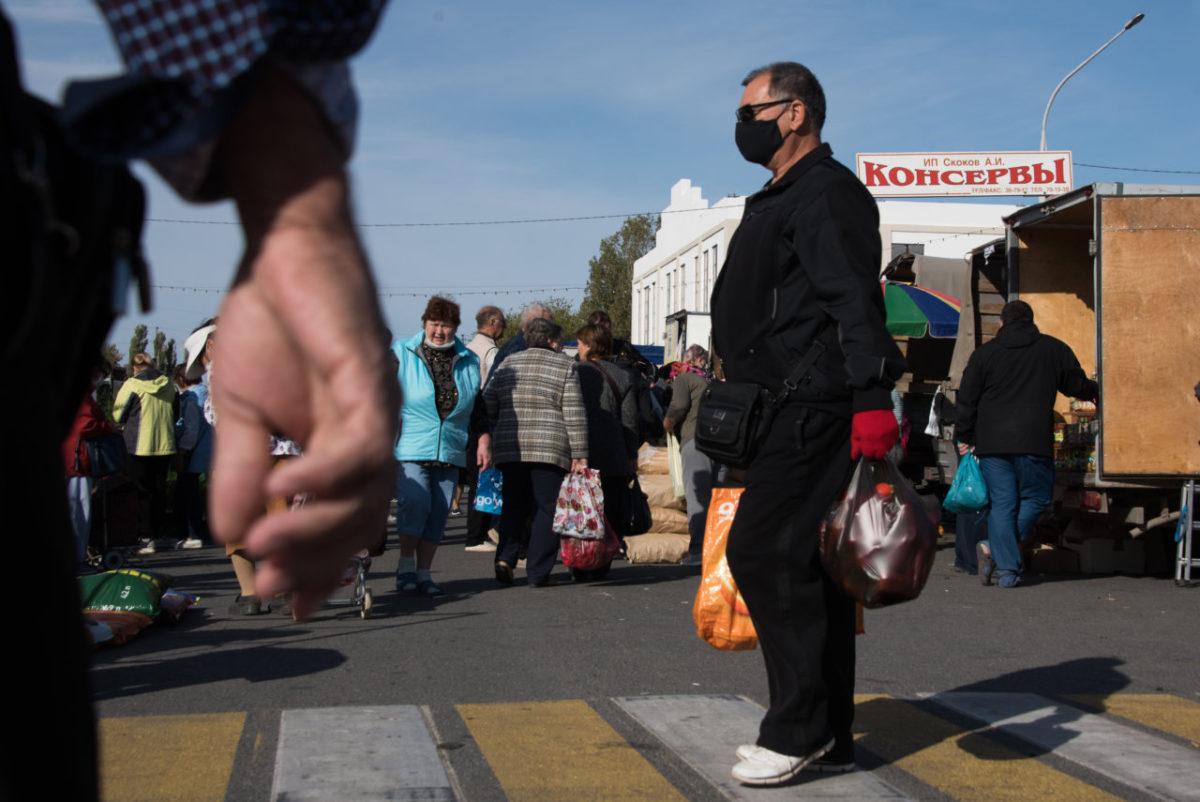 Сельскохозяйственная ярмарка в Астрахани: фоторепортаж