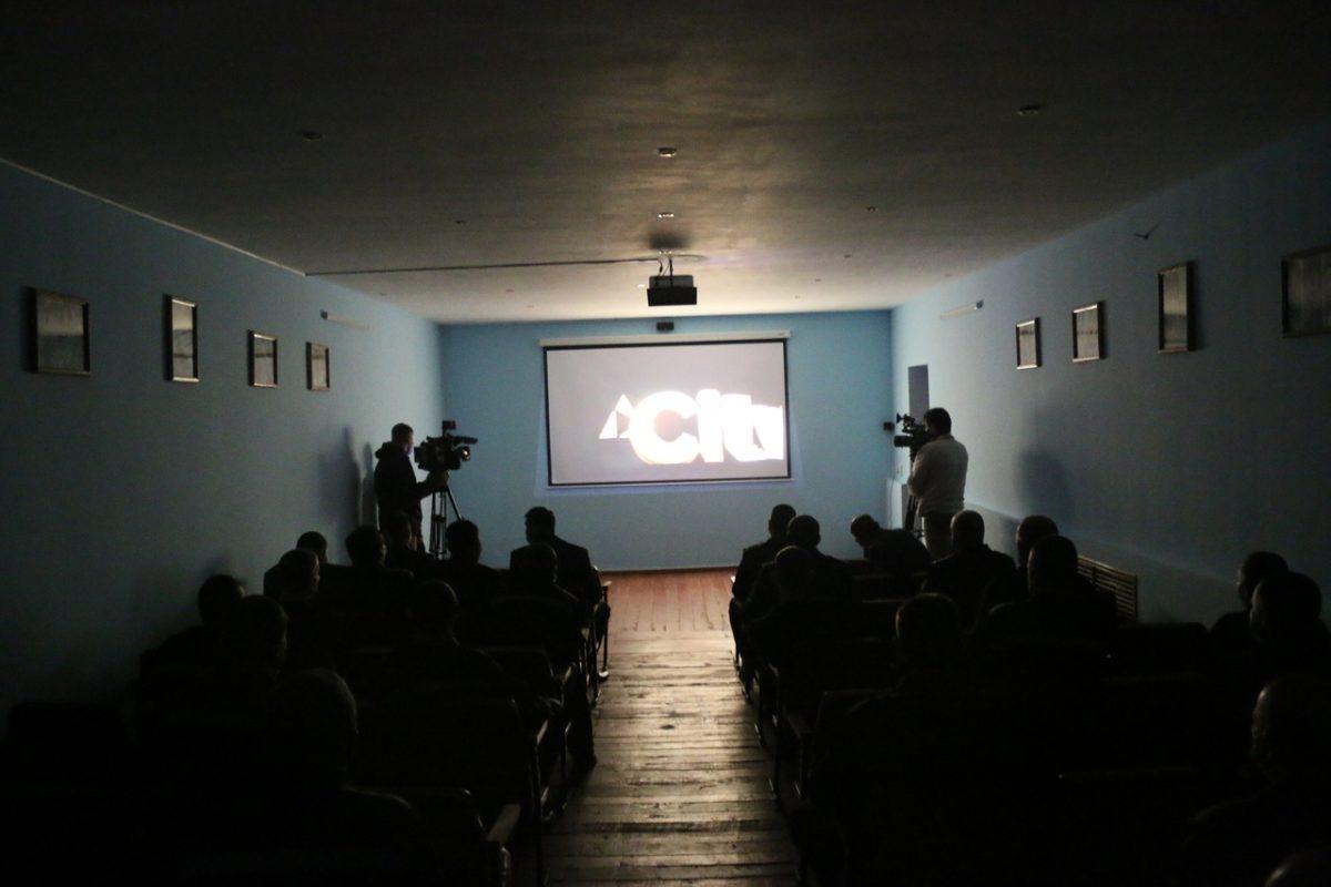 В Астрахани для осужденных сделали настоящий кинотеатр