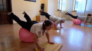 Фитнес помогает астраханским пенсионерам повышать выносливость