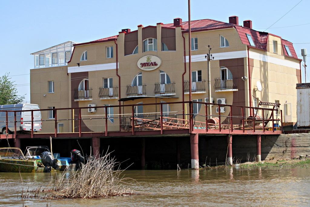 Комфорт цифрового уровня: гостиничный комплекс «Этель» подключил телевидение «Ростелекома»