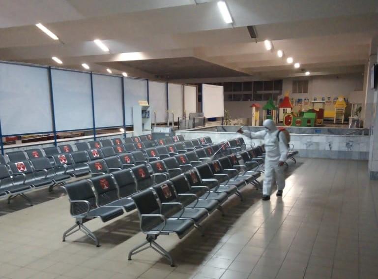 Железнодорожный вокзал Астрахани продезинфицировали