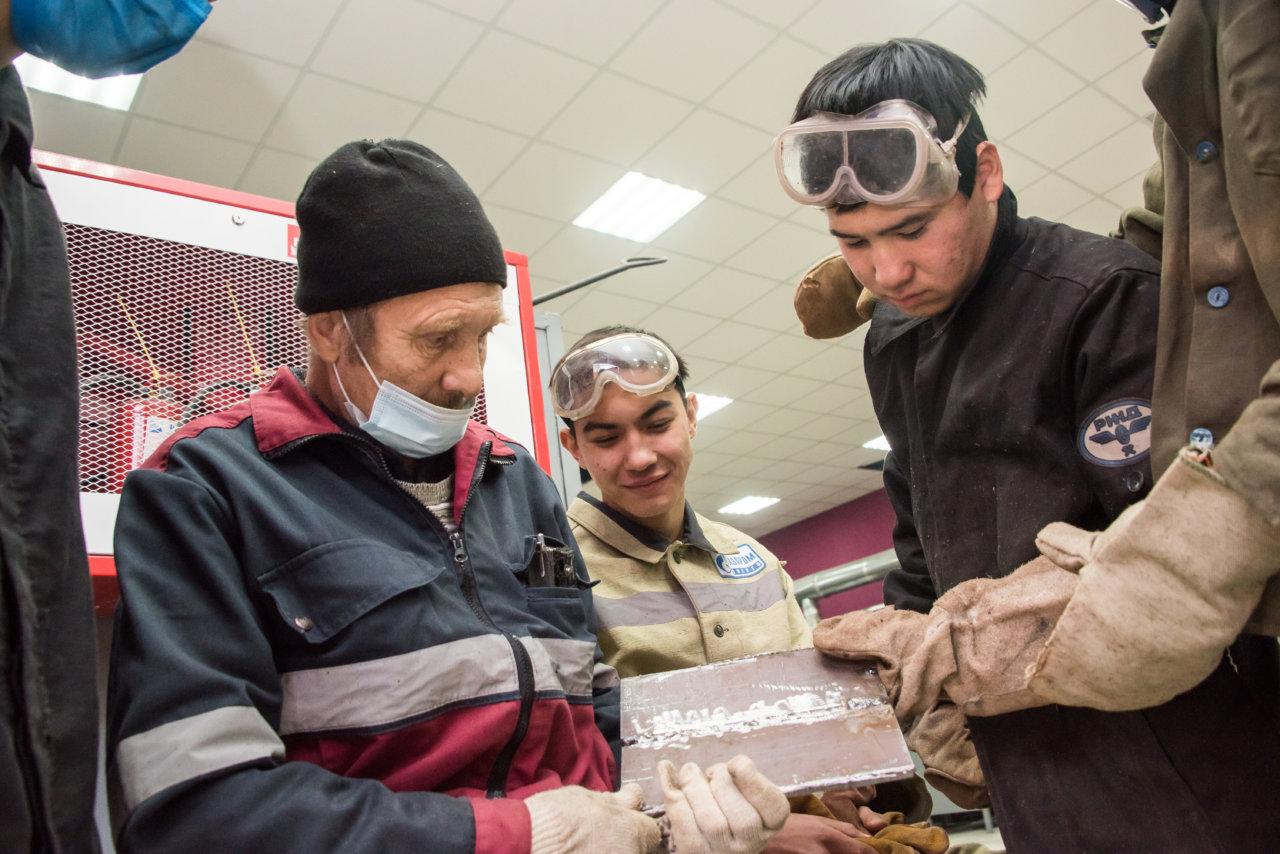 В Астраханской области развиваются рабочие специальности