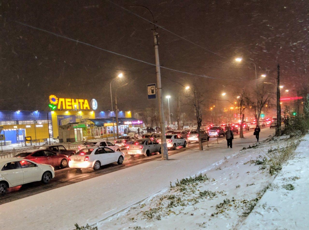 1:0 в пользу снега: в Астрахани почти в 3 раза увеличилось число ДТП