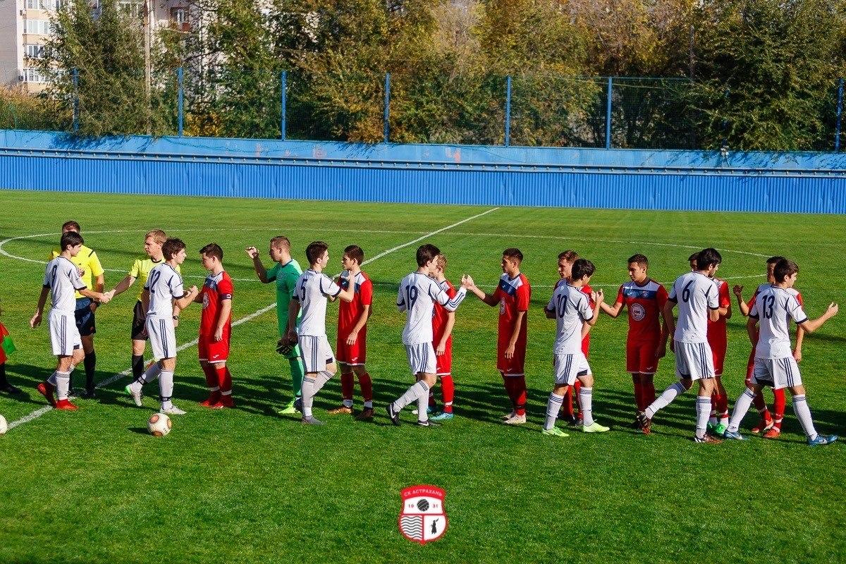 В эти выходные определится победитель Чемпионата Астраханской области по футболу
