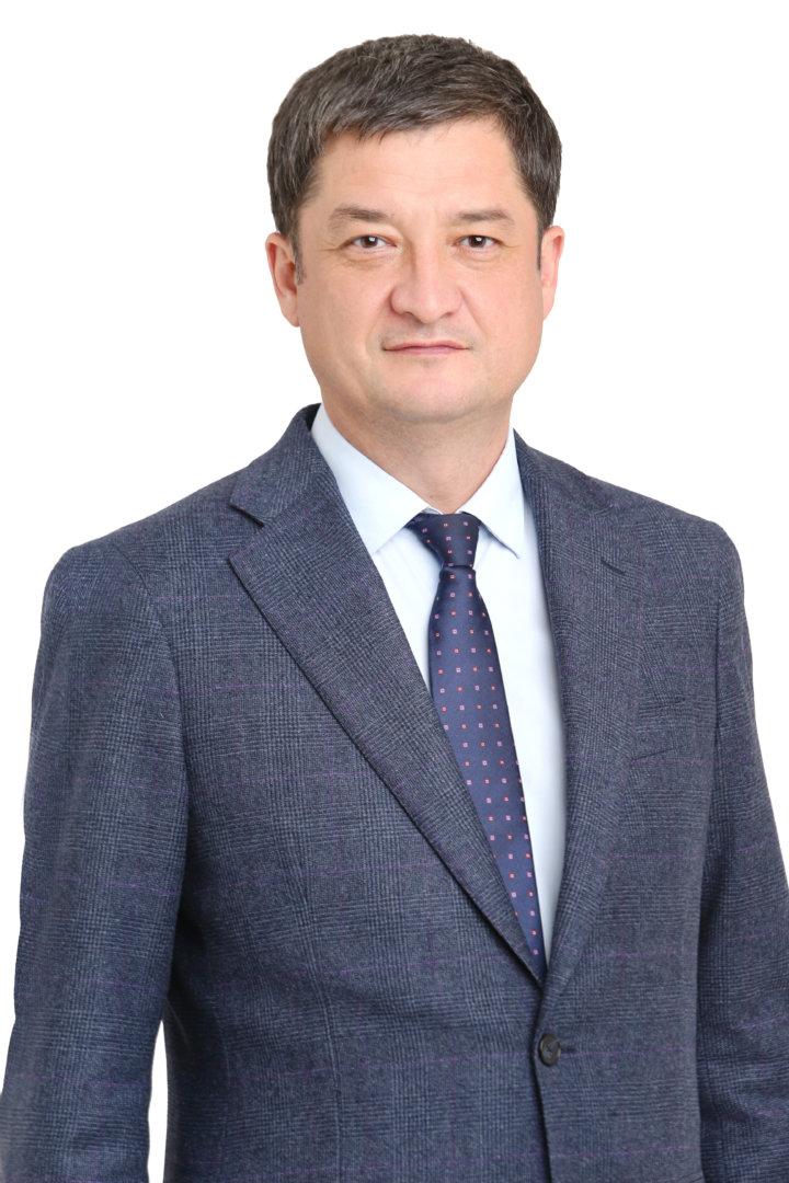 Депутат Ринат Аюпов поздравляет астраханцев с Новым годом