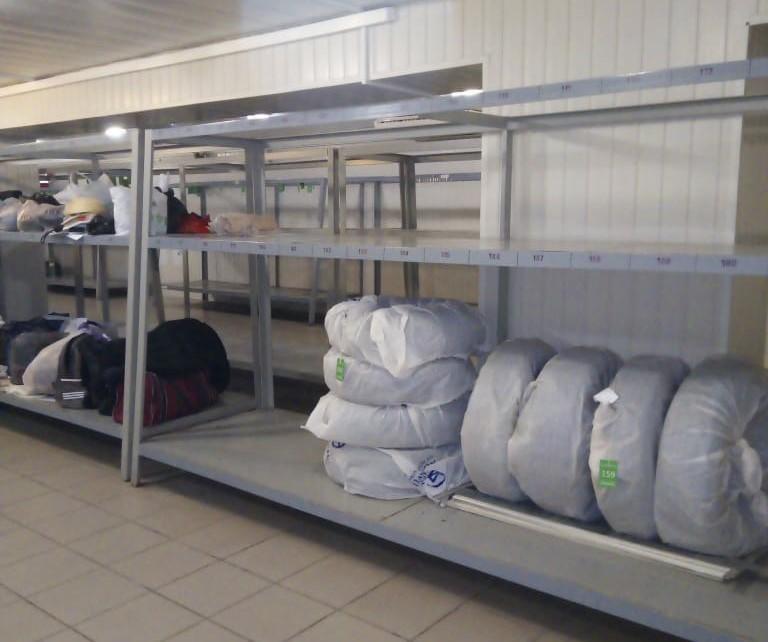 На железнодорожном вокзале Астрахани можно хранить шины и личные вещи
