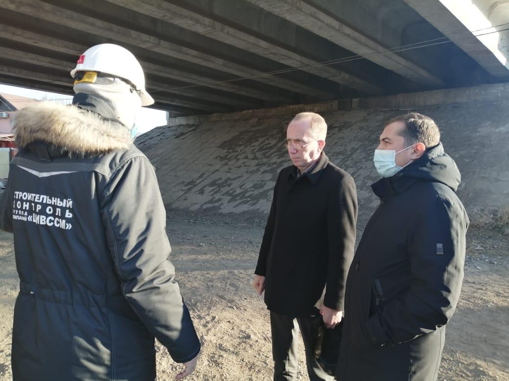 Игорь Седов заявил о начале ремонта моста через Царев уже в четверг