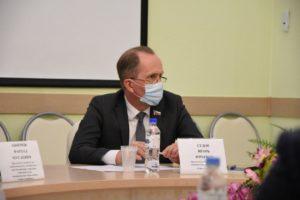 Игорь Седов призвал эффективнее расходовать бюджет на стерилизацию собак