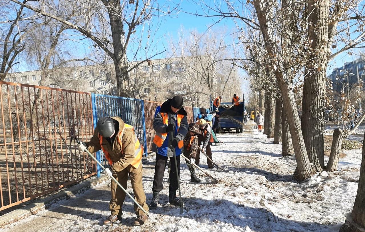 В Астрахани ликвидируют «ледяное царство» из-за прорывов на водопроводе