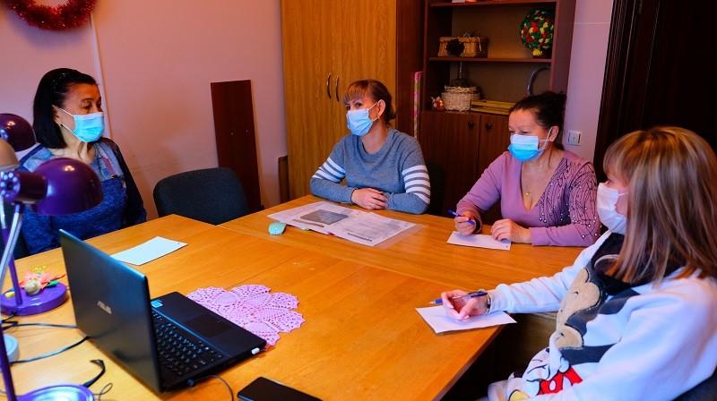 Астраханских пенсионеров научили бороться со стрессом