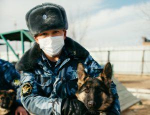 Чем занимаются кинологи и их «Мухтары» в Астрахани