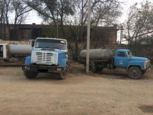 Астраханцы продолжают страдать от «черных» ассенизаторов