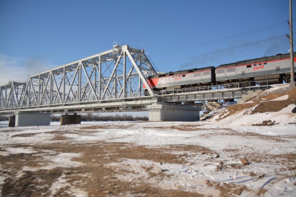 Открылось движение по новому мосту через реку Ахтуба в Астраханской области