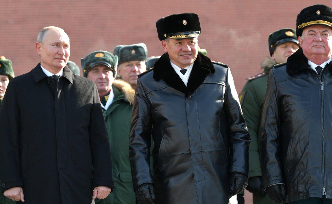 Путин: все больше ребят считают службу по призыву важной для себя