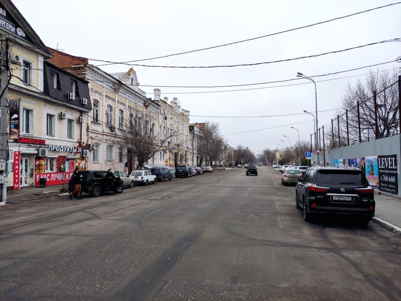 На улице Максима Горького провода уберут под землю