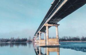 Мост через Белый Ильмень собираются достроить в октябре