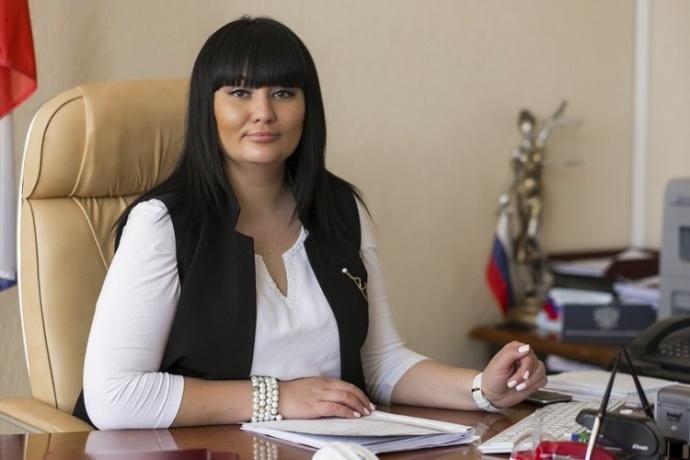 Астраханский суд начал рассмотрение дела судьи из Волгограда