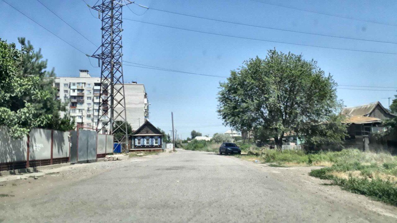На окраине Астрахани обрушился частный дом