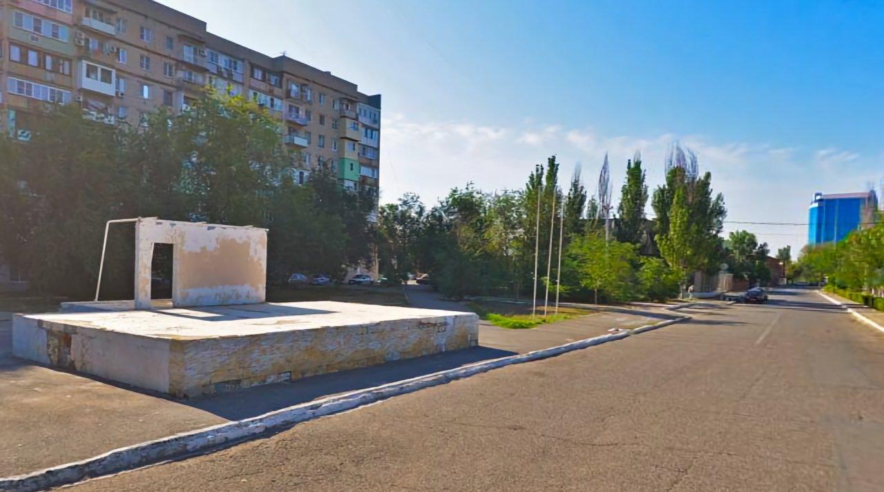На Комсомольской набережной устроят кинотеатр под открытым небом
