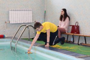 Астраханские школьники соревновались в управлении подводным роботом