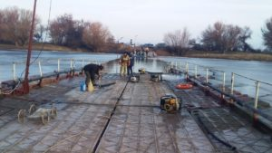 Три села отрезало от Астрахани из-за подтопления понтонов