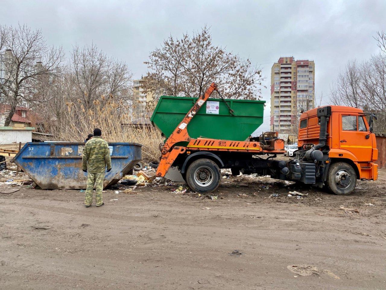 ООО «ЭкоЦентр» ликвидировал несанкционированную свалку в Кировском районе Астрахани