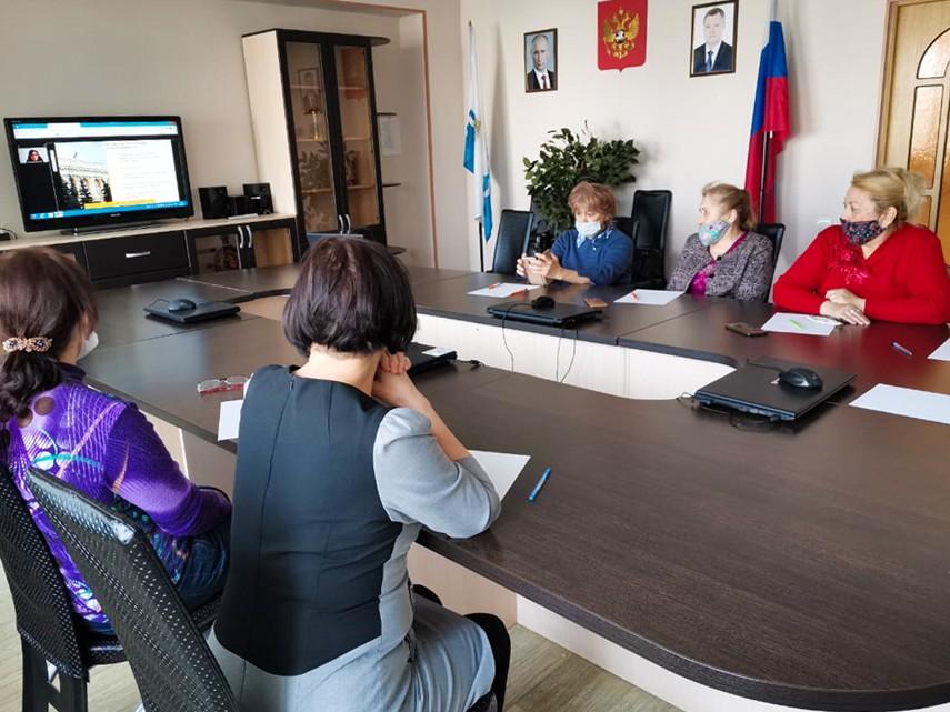Астраханские пенсионеры признались, что уже давно вынуждены экономить