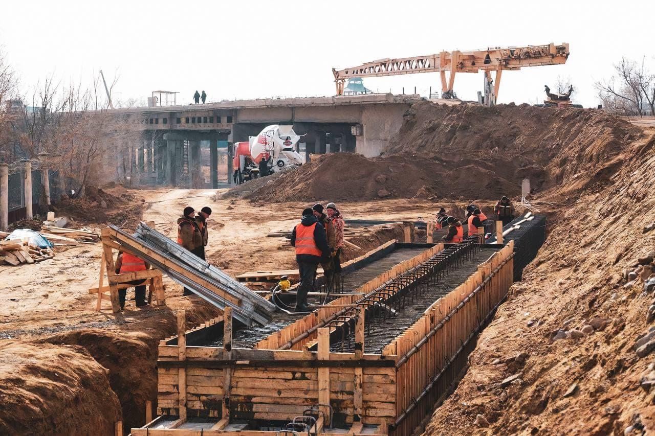 Милицейский мост теряет подрядчика