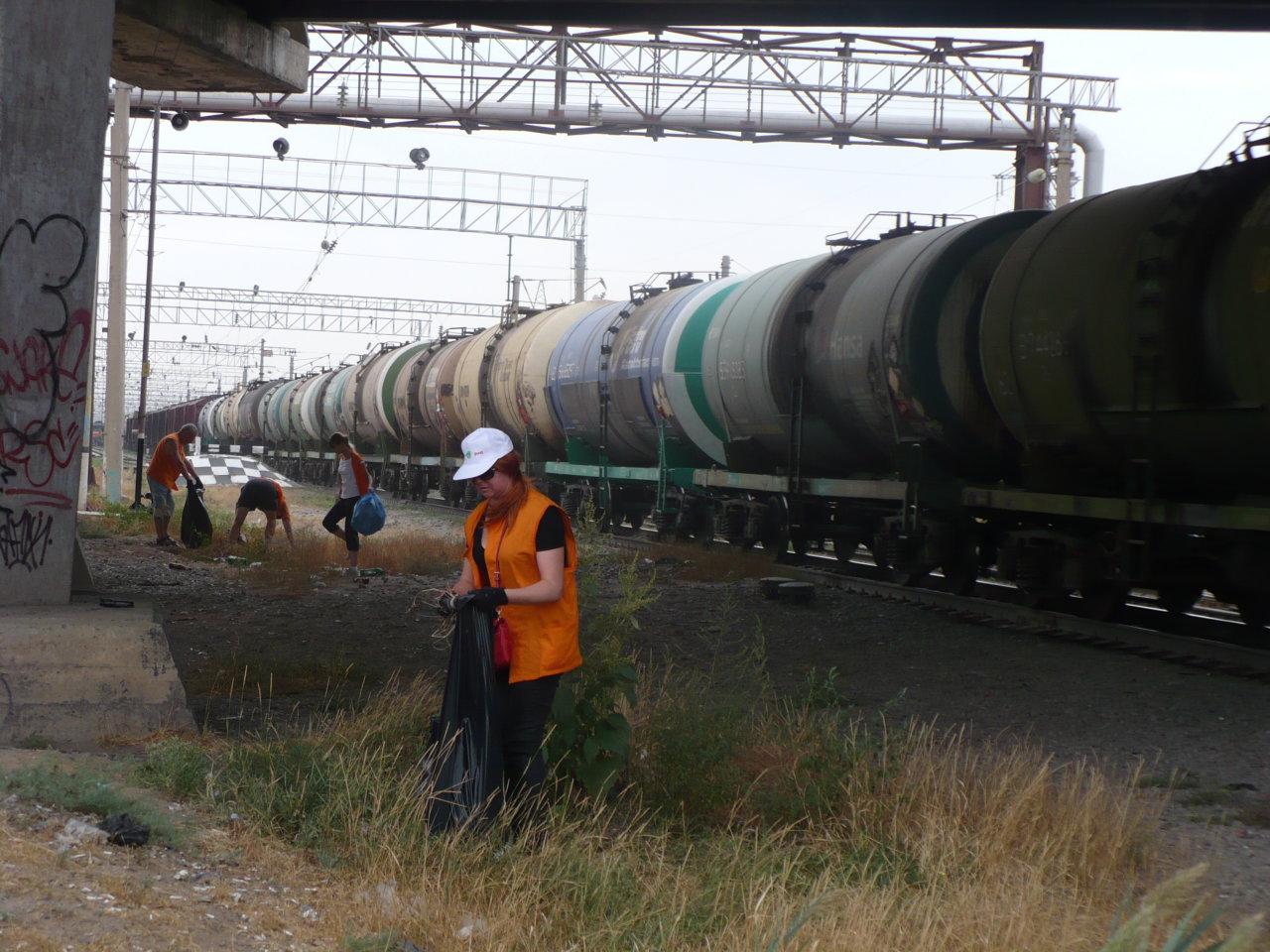 Астраханские железнодорожники и экологи обсудили перспективы сотрудничества в области природоохранной деятельности