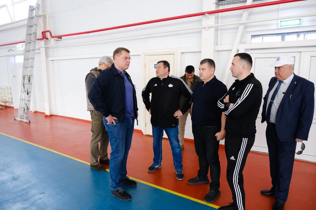 Астраханские госслужащие побегали и попрыгали