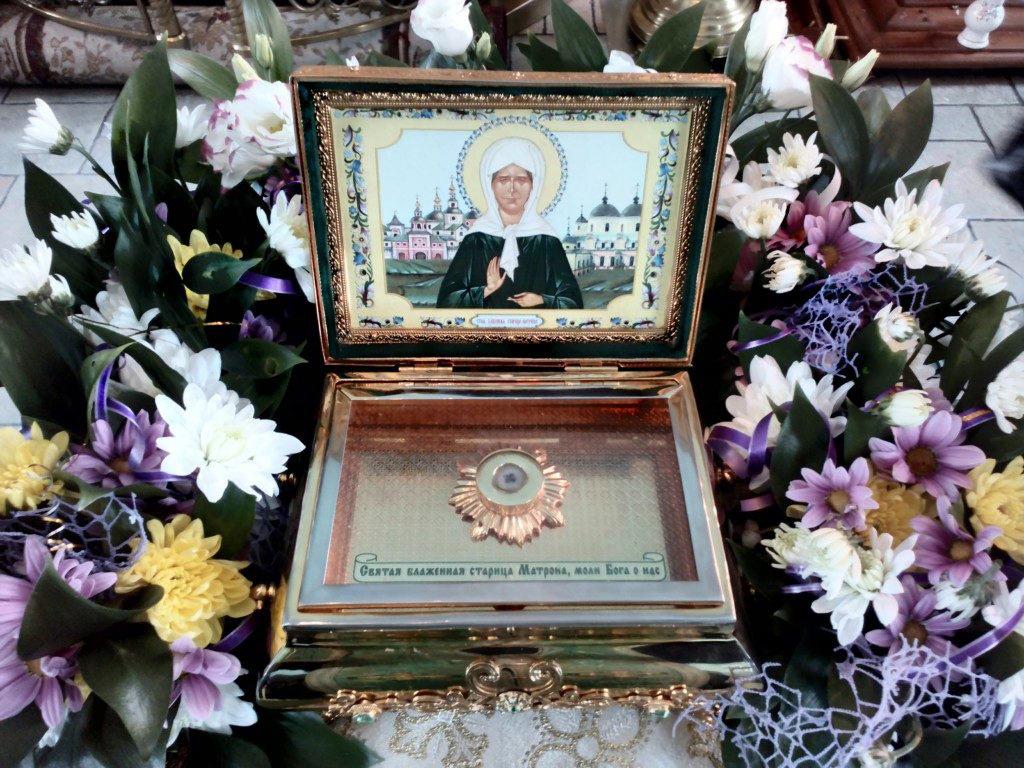 В Харабалинский район доставили мощи святой Матроны Московской