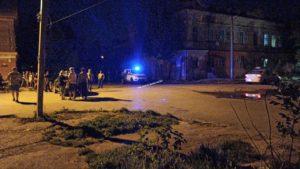 Школьница на папиной машине снесла в Астрахани столб