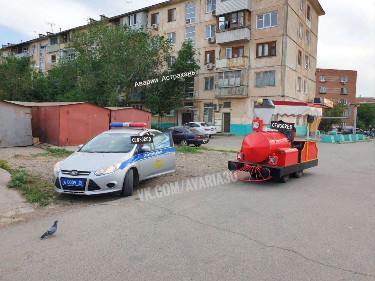 В астраханской полиции объяснили причину остановки паровозика