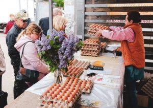 Яйца и картошка стали лидерами роста цен в Астраханской области