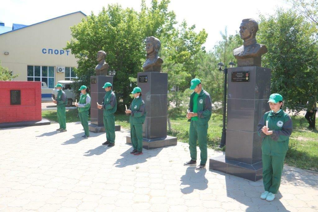 Мемориальные акции проходят в День памяти и скорби в Астраханском регионе ПривЖД