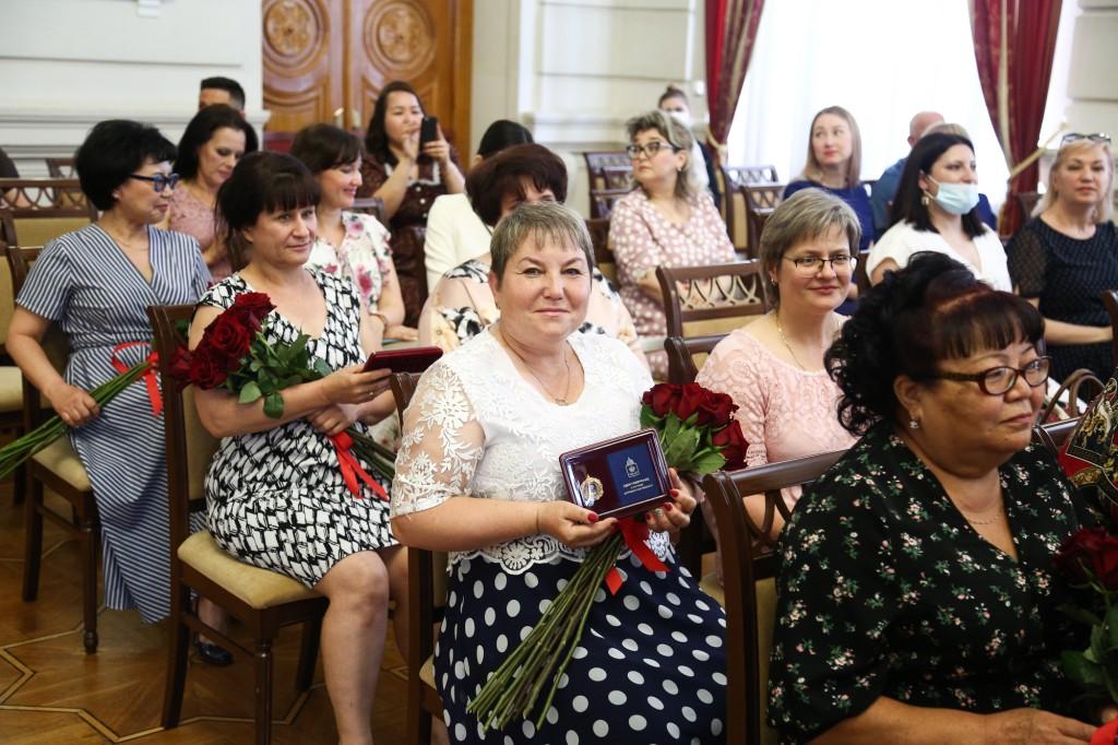 Игорь Бабушкин назвал подвигом труд социальных работников