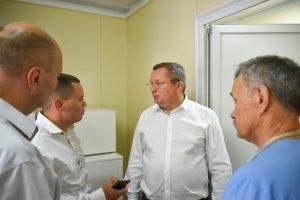 Игорь Мартынов посетил открытые в Камызякском районе ФАП и детский сад