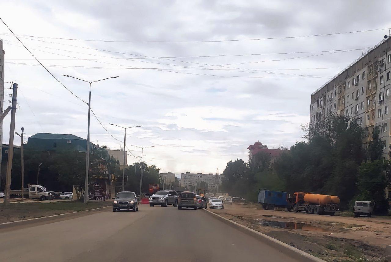 Коммунальщики объяснили, почему раскопали новый асфальт на Бориса Алексеева